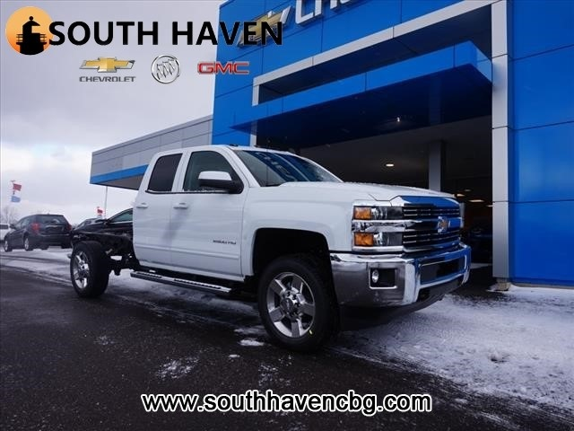 New 2017 Chevrolet Silverado 2500hd Lt Double Cab In South Haven